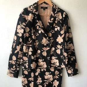 Two Piece Suno Blazer and skirt